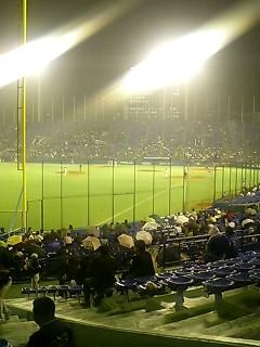 野球見てま〜す☆